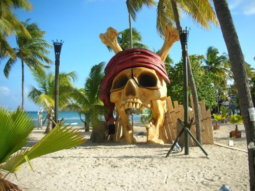 Motorola Pirate Summer